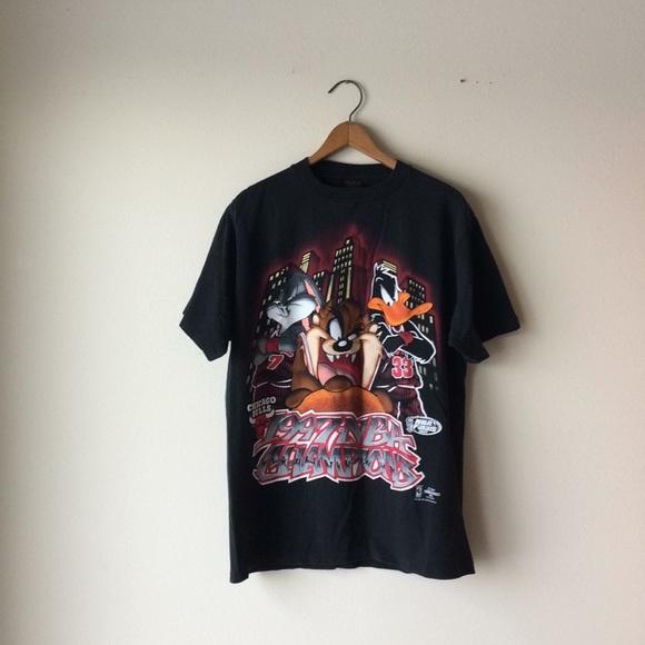 free shipping 60fa4 32eb2 Vintage 90's NBA Shirt